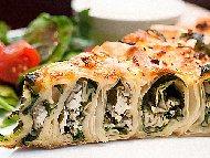 Рецепта Домашна постна вита баница от готови кори със спанак, лук, праз лук и ориз